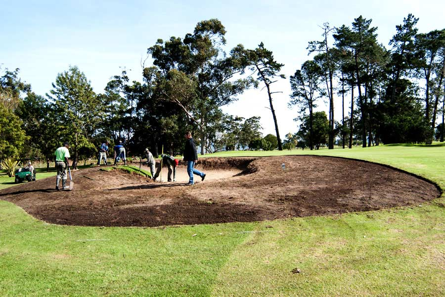 1st-hole-bunkers1